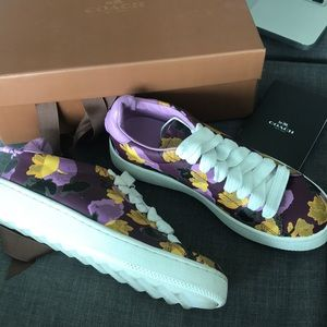 Like new floral COACH sneakers